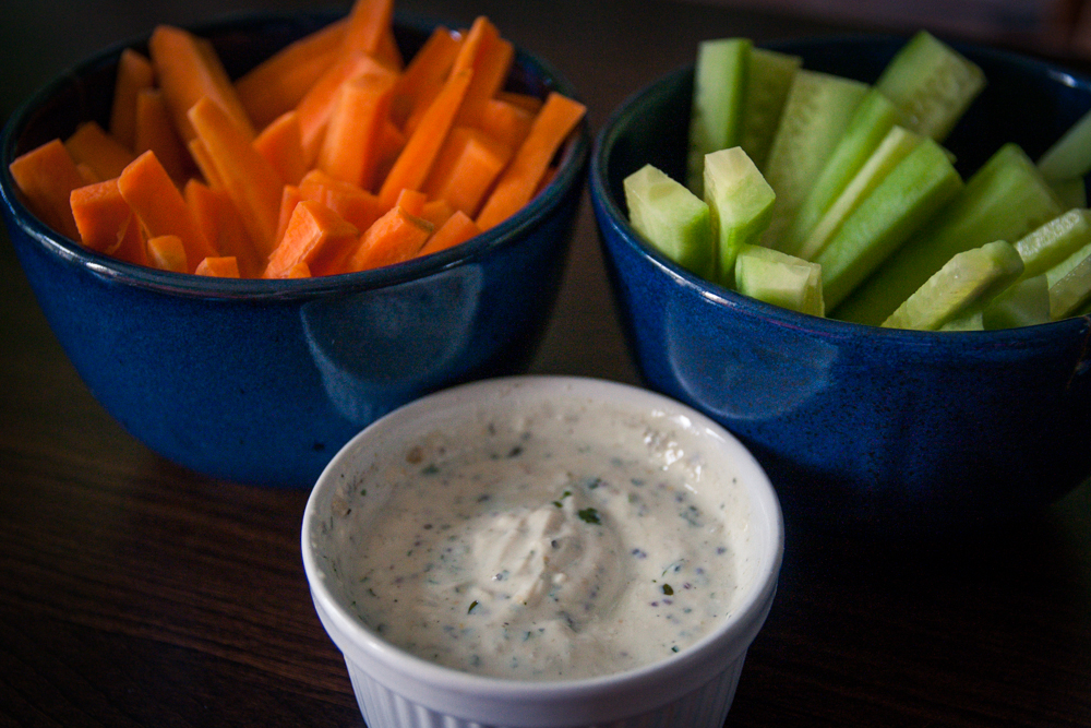 Bâtonnets de crudités sauce yaourt